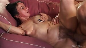 Sultry granny Naught Nina Swiss with hairy cunt