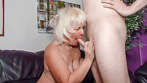 XXX OMAS - Amateur kermis granny Gabriele H. likes it rough