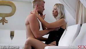 DaringSex Hot MILF SQUIRTS desert and over!
