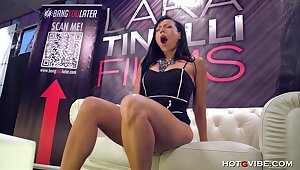 Latin Seductress Squirts All Let go