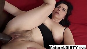 Mature with natural tits gets a creampie in her Victorian pussy!