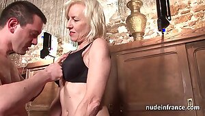 Sexy amateur french mature deep analized all over cum 2 mouth in a bar